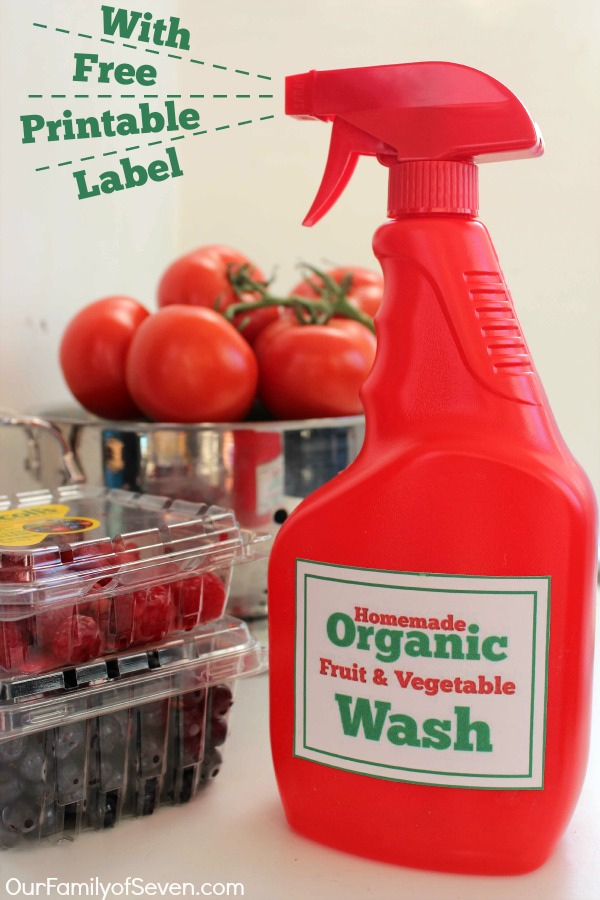 Organic Fruit and Vegetable Wash and Spray- Super simple to make at home with just 2 ingredients. Plus you can print a FREE front & back label.